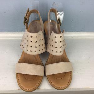 89ffa145b98 Born Shoes - BORN 9 Blush Pink Nude Block heel Sandals